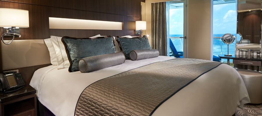 JOY.Haven_Suite_Bedroom_900x400.jpg